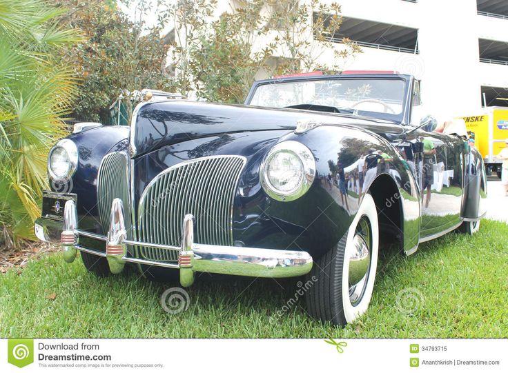 Image issue du site Web http://thumbs.dreamstime.com/z/vieux-lincoln-et-voiture-continentale-34793715.jpg