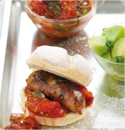Juicy and flavourful hot dogs with tomato relish and melon salsa... try it on Braai Day!