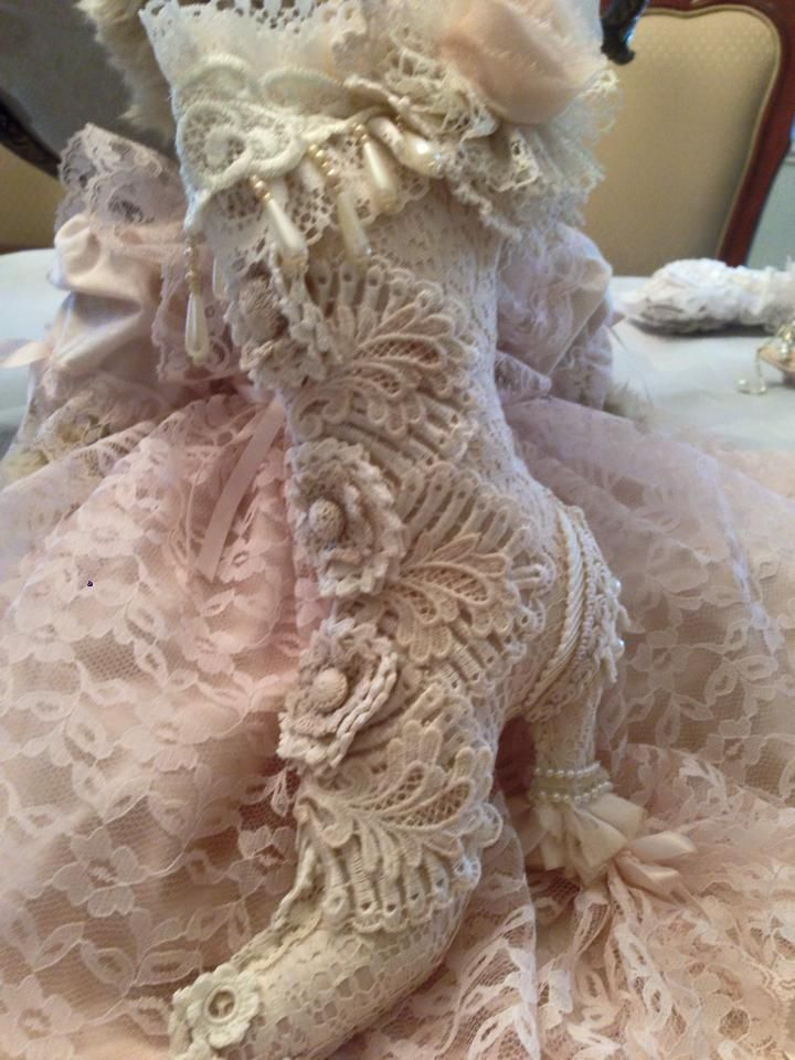 Victorian Sachet Pillows : 1000+ images about My Soap Sachets & Pin Cushions on Pinterest Pin cushions, Victorian shoes ...