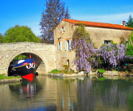 Top 6 places to visit while cruising on the Canal du Midi, France