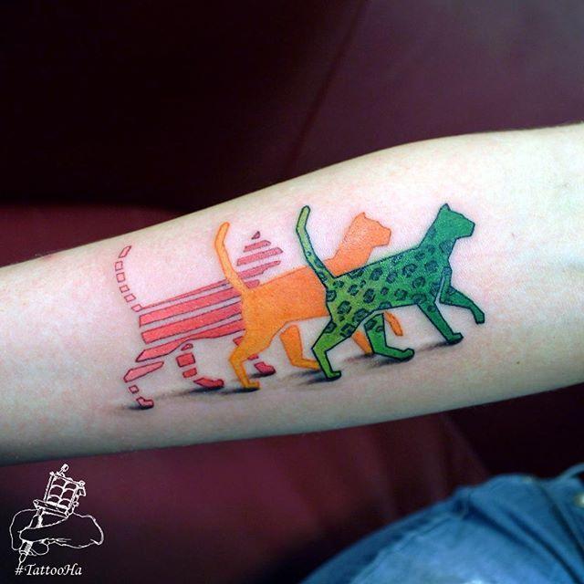 Предновогодние котики. #тату #татуировка #татусалон #спб #питер #татуспб #татуартист #new #tattoo #спб #tattoo #tattoos #tat #tattooed #tattooedgirls #tattooart #tattoogirl #ink #inked #inktober #instagram #instatattoo #tattooartist #yurahandrykin #tattooHa