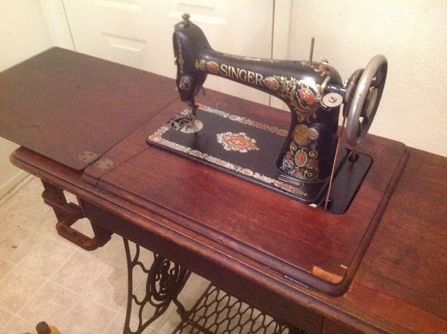 How To Gently Restore The Cabinet Of An Antique Singer Treadle Impressive Antique Singer Sewing Machine In Cabinet For Sale