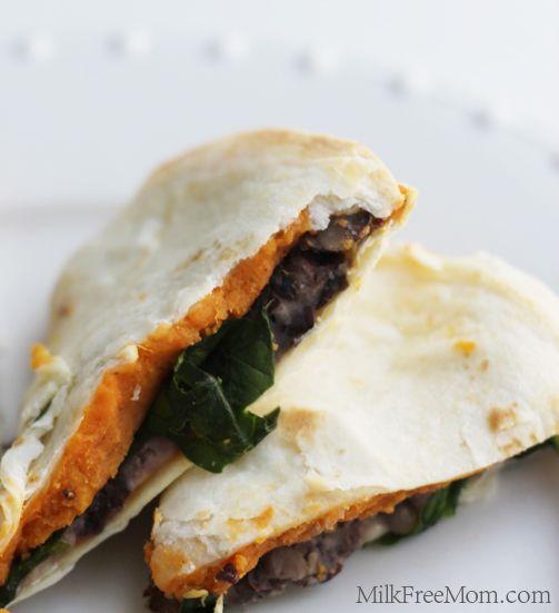 Sweet Potato, Black Bean, and Spinach Quesadillas and more healthy black bean recipes on MyNaturalFamily.com #recipes