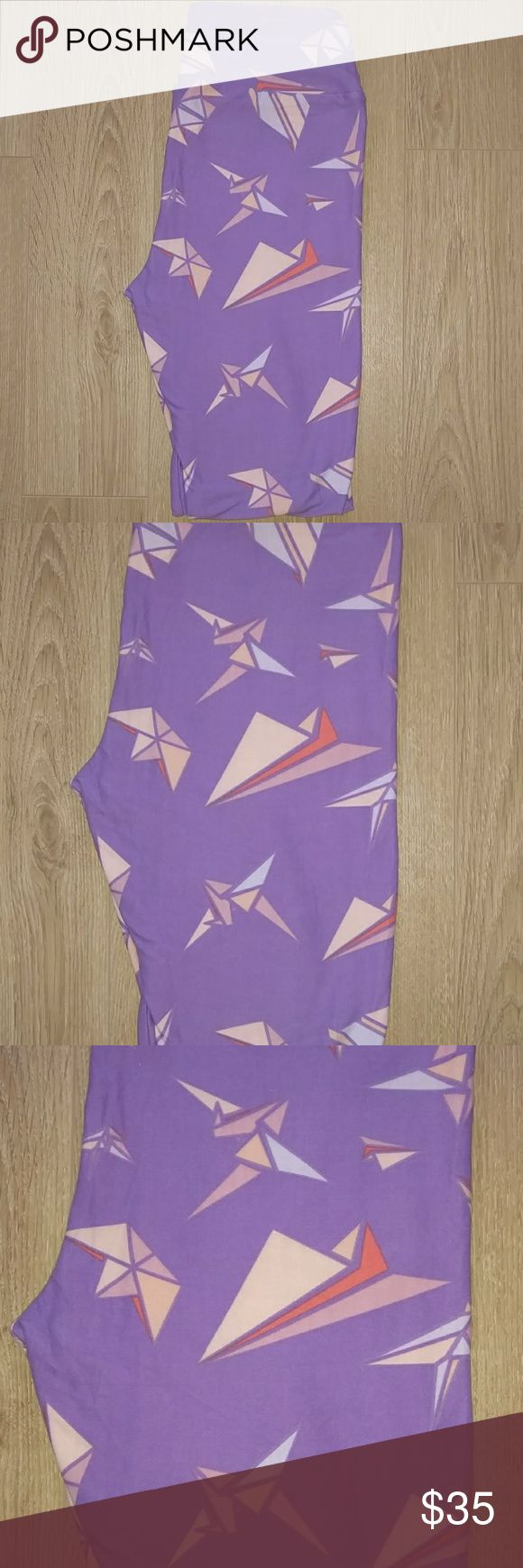 🆕 Lularoe Leggings Paper Crane Lularoe leggings OS paper cranes. Made in China. NWT.  If you make an offer please be considerate and do not low-ball. Thanks in advance! LuLaRoe Other