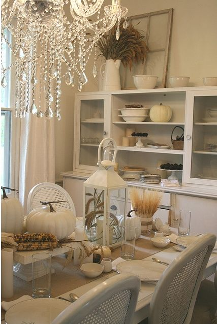 Best Thanksgiving Decoration By Using White Thanksgiving: Beautiful Dining  Room Decor Ideas With Acrylic Chandelier