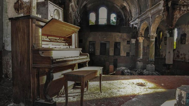 Ruins of the Rust Belt: Haunting Photos of Abandoned Buildings by Seph Lawless - weather.com