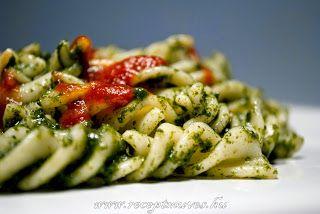 Spenótos tészta chili szósszal, avagy a kedvenc gyorsételünk ~ Receptműves