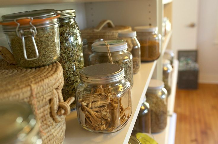 6 Tips for Storing Dried Herbs | Herbal Academy | Follow these 6 tips for storing dried herbs to have the freshest herbs possible in your herbal apothecary!