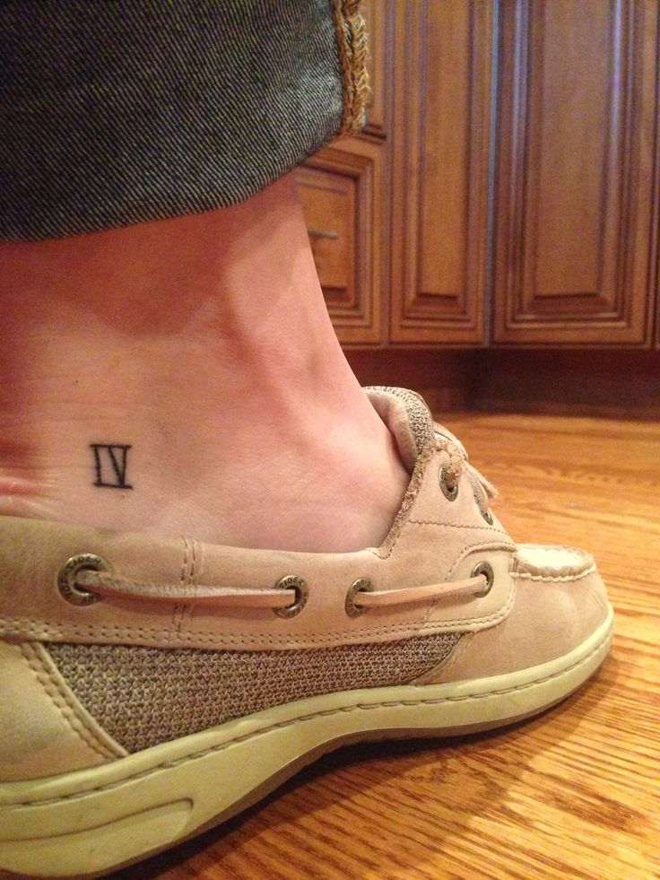 Roman numeral 4 Tattoo - want, it's my lucky/favourite number