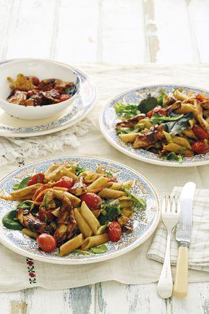 Pasta salad with plum sauce