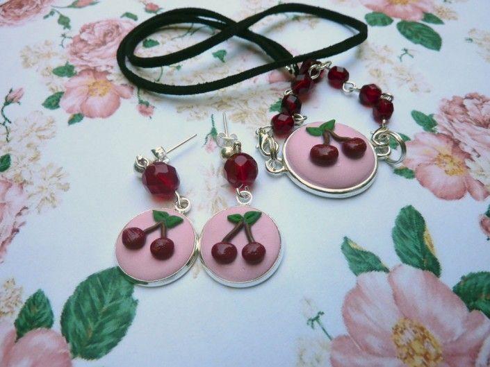 #pendant and #earrings with pink cherries and red glass beads in polymer clay handmade - Ciondolo e orecchini rosa con ciliegie e perline di vetro rosse in fimo fatto a mano