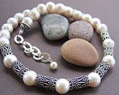 Articoli simili a Collana di perle di Diana - perla d'acqua dolce con argento Balinese su Etsy