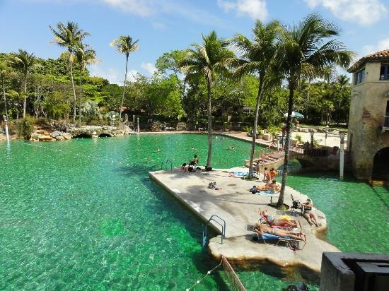 Venetian Pool Coral Gables The World Is Beautiful