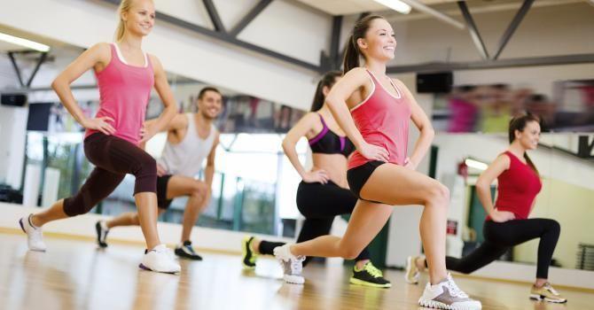 Le programme Insanity pour maigrir : http://www.fourchette-et-bikini.fr/sport/le-programme-insanity-pour-maigrir-39004.html