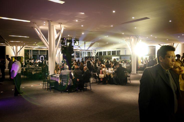 Cena y subasta silenciosa de Black Coffee Gallery, llegada de los invitados,Dinner and silent auction of Black Coffee Gallery, arrival of guests,