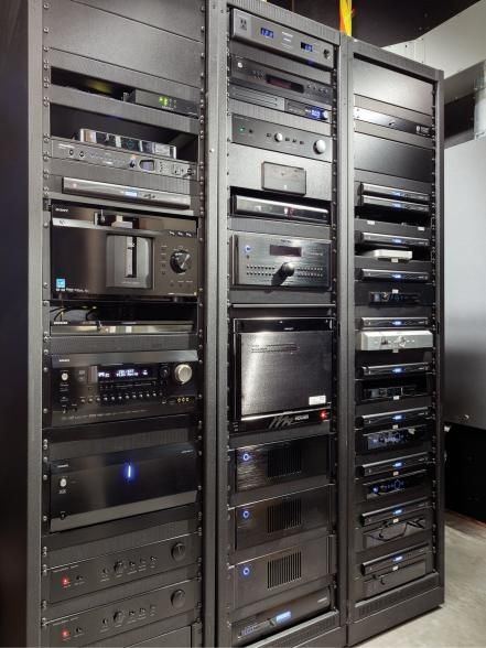 Behind+the+scenes,+technical+features+include+an+Integra+THX+Ultra2+9-Channel+Power+Amplifier,+Integra+9.2+Channel+Network+A/V+Controller,+seven+B