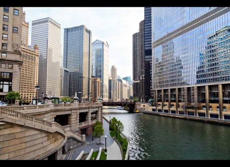I remember when my choir and I went to this lovely city<3 miss Chicago