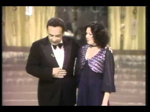 Silvester 1979: Hrajeme si jako děti 1/2 - YouTube