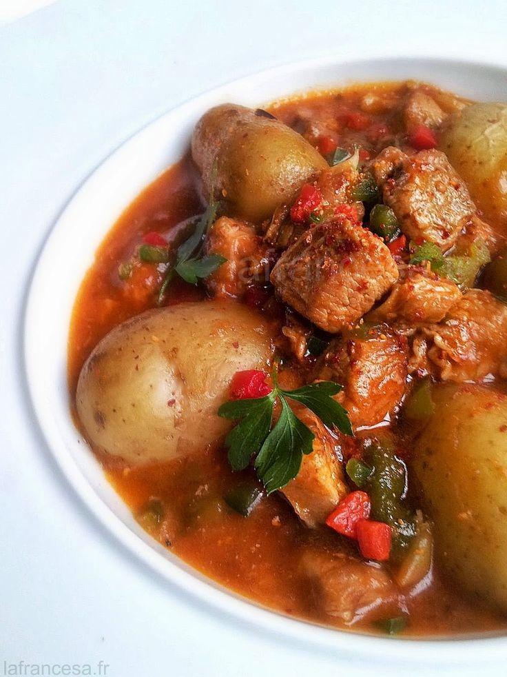 Axoa du pays basque : l'axoa est un ragoût de veau aux poivrons et au piment d'Espelette - Mortellement bon et simple à réaliser ☺