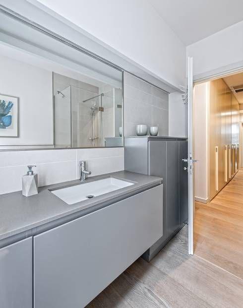Casas de banho modernas por BRANDO concept