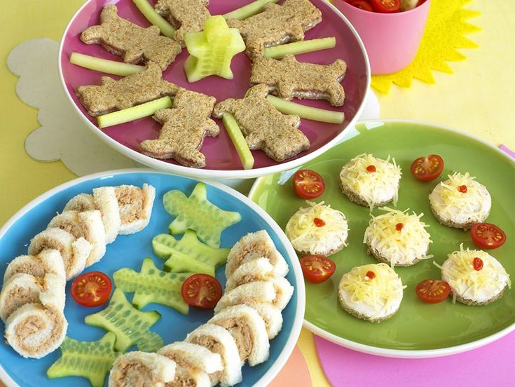 The trick to sandwiches for little ones is not to have too much bread or too much filling. I flatten the bread by