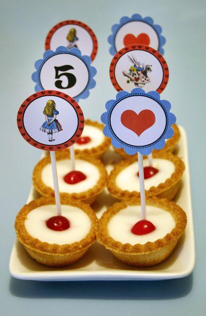 Tarts at a Alice in Wonderland Party #aliceinwonderland #partytarts