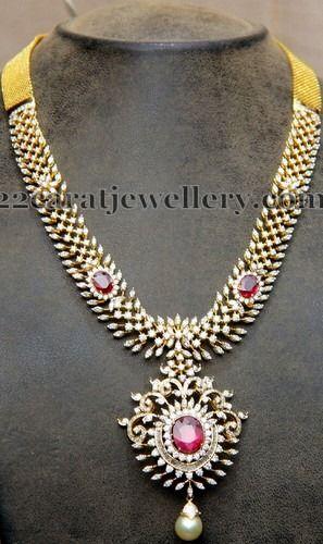 Jewellery Designs: Unique Diamond Set 7 Lakhs