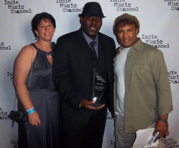 Ray Bags First Hollywood Award as First Australian and Nigerian Recipient at the Inaugural edition of the Indie Music channel in Hollywood USA