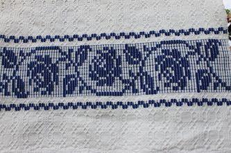 Romanian traditional motif