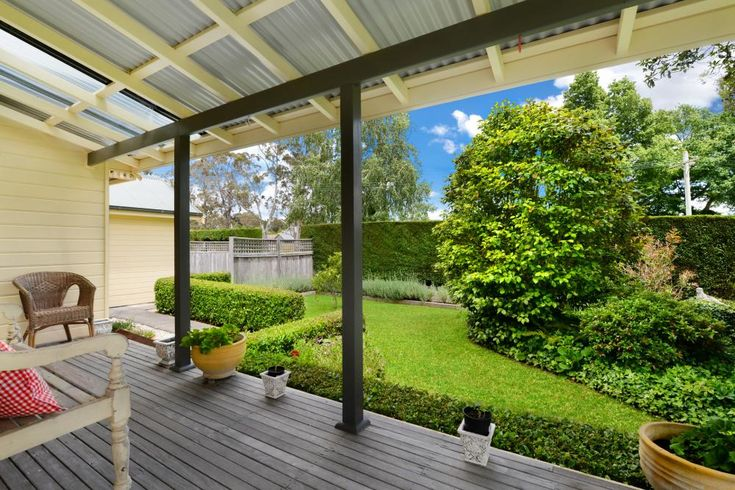 2 Purcell Street Bowral 2576 NSW | Di Jones Real Estate