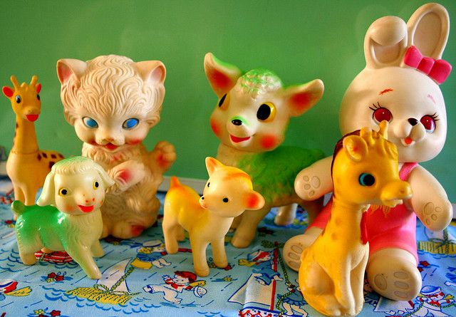 sometimes these vintage toys with the rosy cheeks are cute, oftentimes they're super creepy.