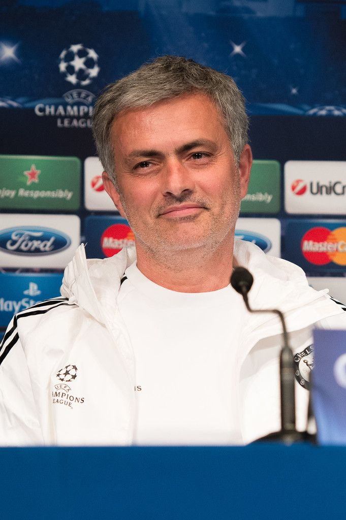 Jose Mourinho Photos: Chelsea Training Session