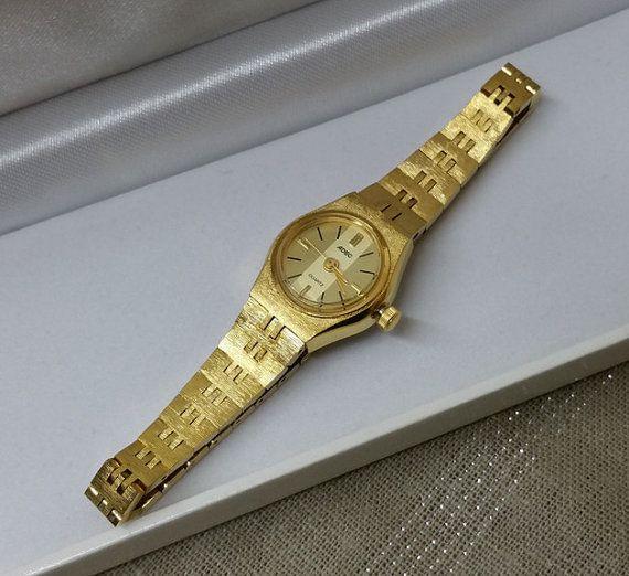 ADEC Quarz Damen-Uhr mit goldenem Armband UU106 von Schmuckbaron