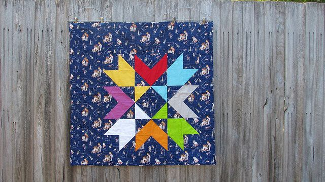 Tribute Star Quilt. Free pattern: http://dsquilts.com/uploads/tributestar_FINAL.pdf