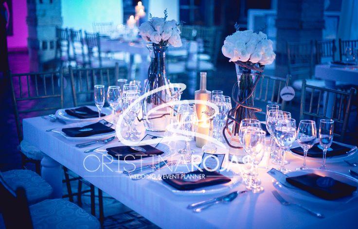 #cristinarojas #weddingday #bodas #novios #amor #sueños #flores #design #weddingdesigner #haciendas #CRWedding #decoración #ambientacion #events #bodas #colombia #destinos Cristina Rojas + Personal