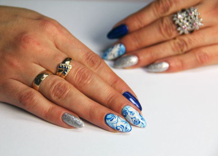winter nails #artnails #longnails #bluenails #silver