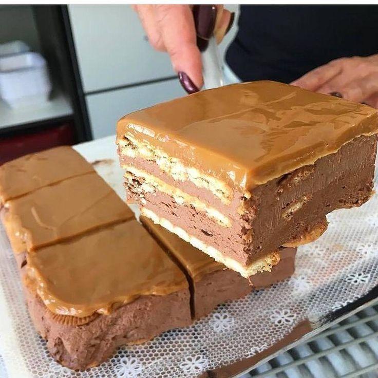 Шоколадный торт без выпечки. А внутри начинка-сюрприз!