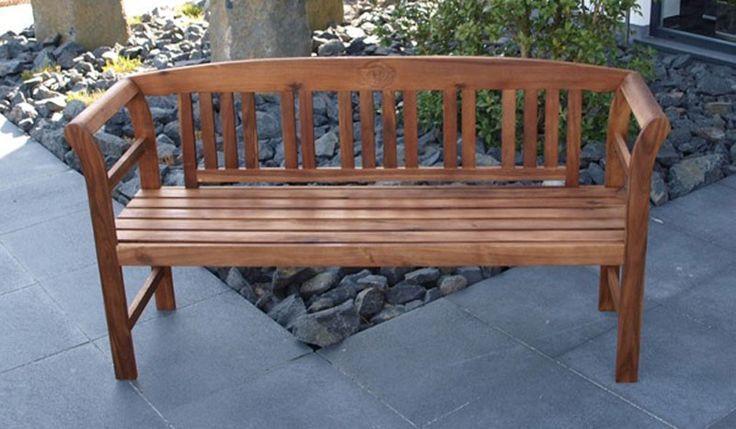 Die Deko Gartenbank Rennes Ist Aus FSC Zertifizierten Akazienholz  Gefertigt. Eine Edle Gartenbank Mit Verspielten Schnitzereien In Der  Rückenlehne, ...