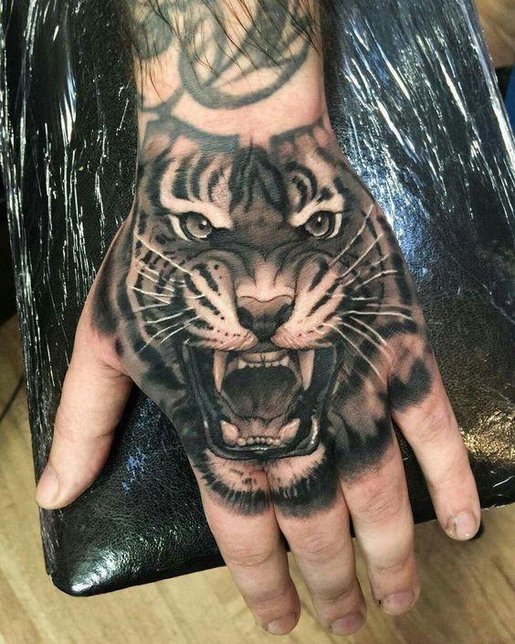 Tatuajes Para Hombres En La Mano Mis Favoritos Tatuajes En La