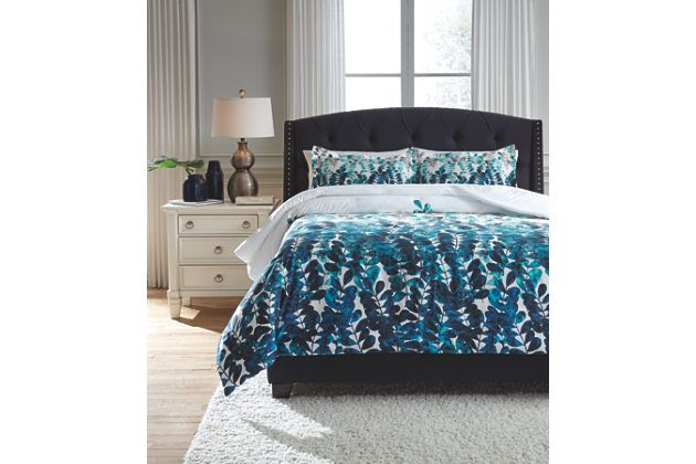 Clearfield 3-Piece Queen Comforter Set by Ashley HomeStore, Blue, Cotton (100 %)