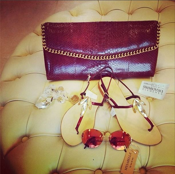 #mysabella #sandals #papary #sunglasses #bag #cashhimi #swarovski #swarovskielements #love #summer #handmade #qatar #cute #me #fashion