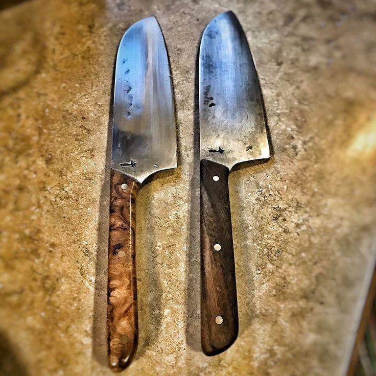 The #rootblade #santoku 2.0 on the left and original on the right. #northwesterner #islandlife #pacificnorthwest #rootblade #rustic #cutlery #rusticcutlery #lopezislandknifemaker #lopezislandknife #lopezislandknives #lopezislandcutlery #bladesmith #bladesmithing #knifemaker #handmade #knife #knifeporn #knives #customknife #knifemaking #customknives #knifecommunity #blade #handmadeknives #chef #cheftools