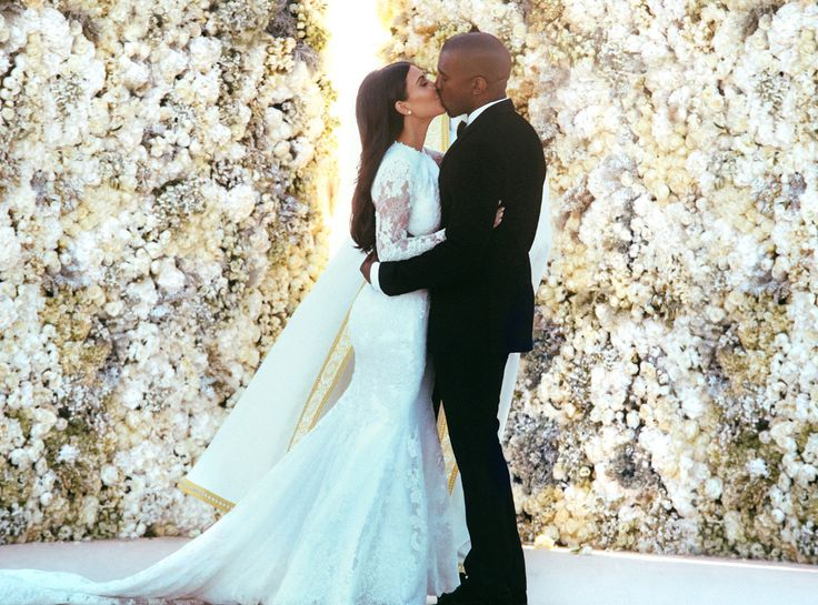 Relive Kim Kardashian and Kanye West's Wedding! See All the Guests, Instagrams and Behind-the-Scenes Pics!