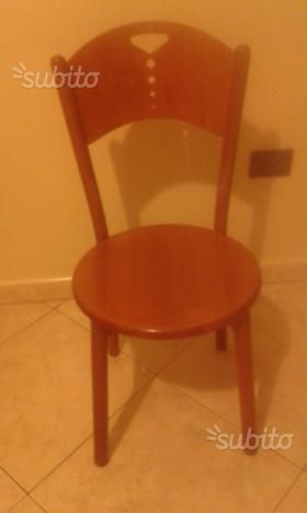 quattro-sedie-legno-per-cucina