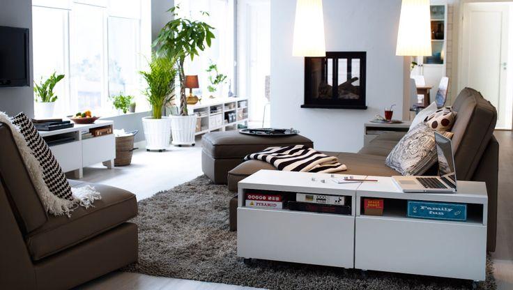 Ponham um par de rodas à monotonia - móveis com rodízios são a melhor opção para lidar com mudanças de humor da decoração na sala.  #decoração #ikeaportugal