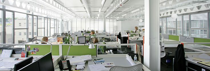 Open office concept with natural daylight penetrating deep into the floor plate. http://www.themosaiccentre.ca/inspiration