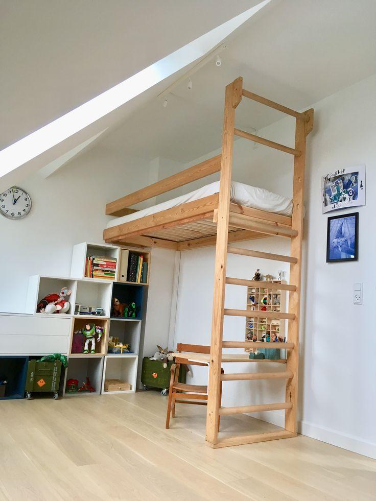 die besten 25 etagenbett mit treppe ideen auf pinterest etagenbett etagenbetten mit ablage. Black Bedroom Furniture Sets. Home Design Ideas