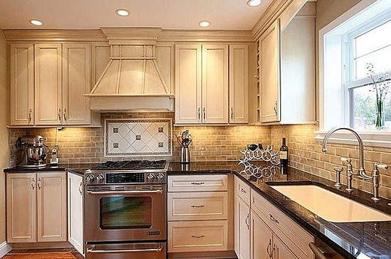 Tips for homeowners who are living in their staged home while it is on the market.