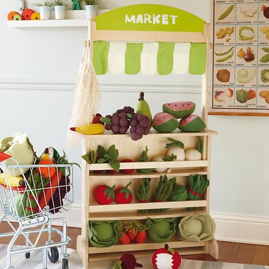 Metal Shopping Cart in Kitchen & Grocery | The Land of Nod