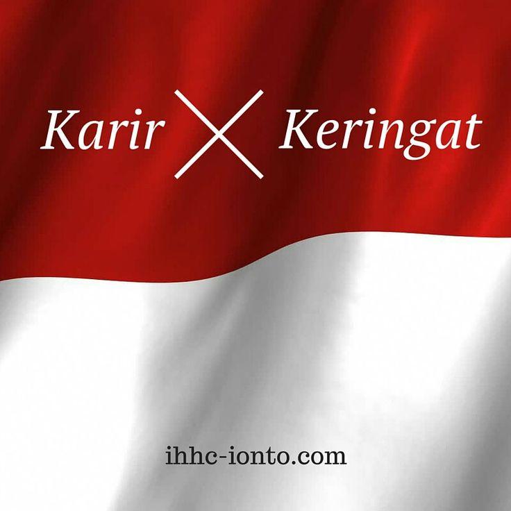 Banyak penderita hyperhidrosis yang cerdas dan berskill hebat kalah oleh keringat. Baca kisah nyata para penderita hyperhidrosis di Indonesia.si blog hyperhidrosis Indonesia: ihhcionto.wordpress.com